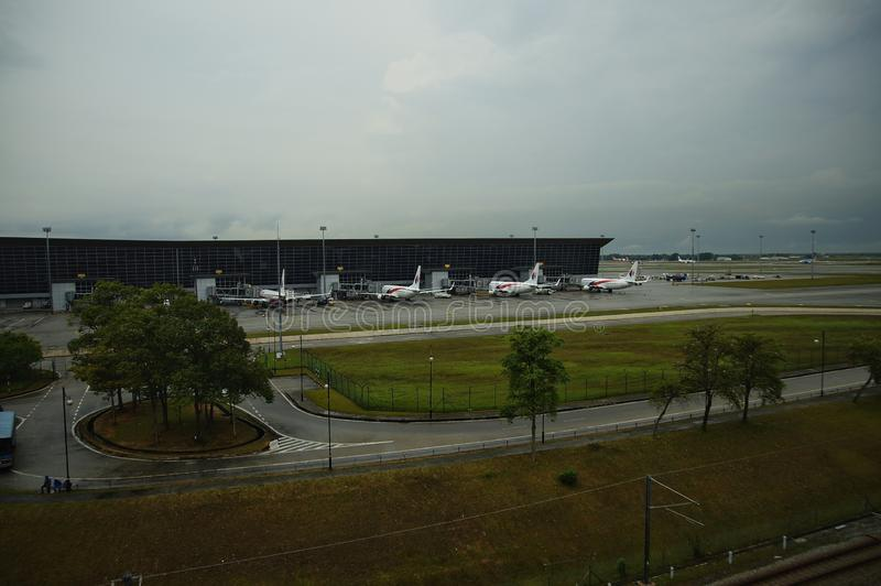 KUALA LUMPUR, MALÁSIA - 2 DE JUNHO DE 2019: AEROPORTO INTERNACIONAL DE KUALA LUMPUR imagens de stock royalty free