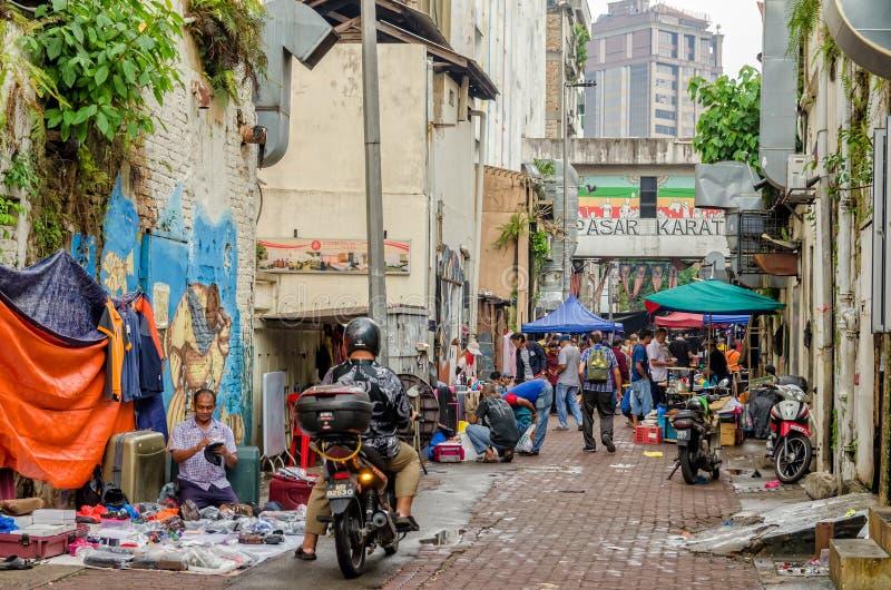 Kuala Lumpur, Malasia - agosto 5,2019: El quilate de Pasar es el mercado de pulgas que está situado en el Chinatown, Kuala Lumpur imagenes de archivo