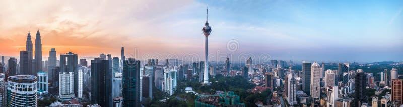 "Kuala Lumpur, Maleisië †""12 MAART, 2019: Panorama van de hoofd68mp resolutie van Kuala Lumpur in Kuala Lumpur, Maleisië stock afbeeldingen"