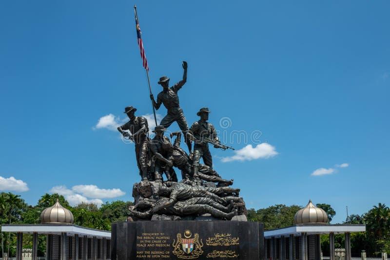 Kuala Lumpur, Maleisië - Februari 27, 2019: Wordt het Nationale Monument van Maleisië 15 meters geïdentificeerd als het grootst stock afbeeldingen