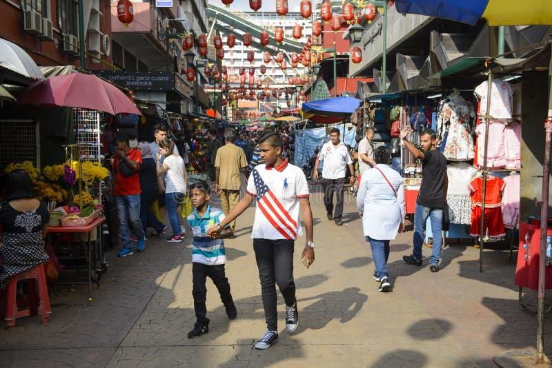 Kuala Lumpur, Malesia - 17 luglio 2018: Decorazione cinese del nuovo anno della Chinatown in Kuala Lumpur fotografia stock libera da diritti