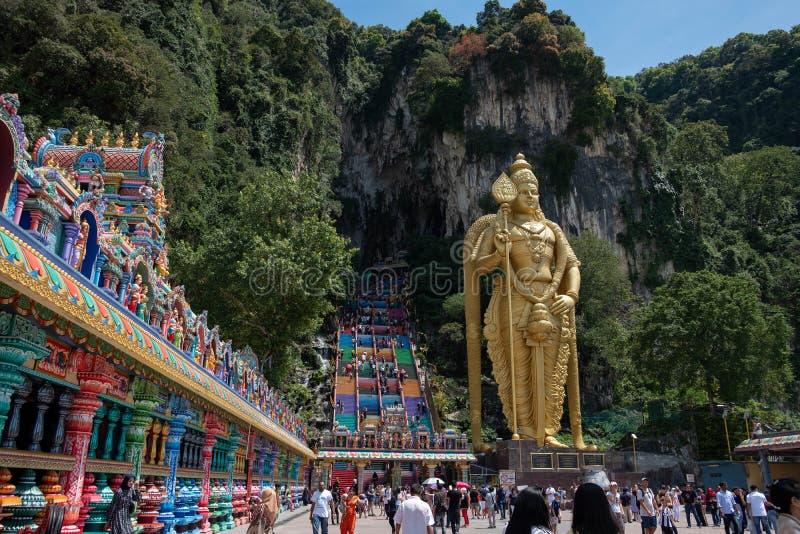 Kuala Lumpur Malezja, Luty, - 24, 2019: Strzał od dna główni jama kroki fotografia royalty free