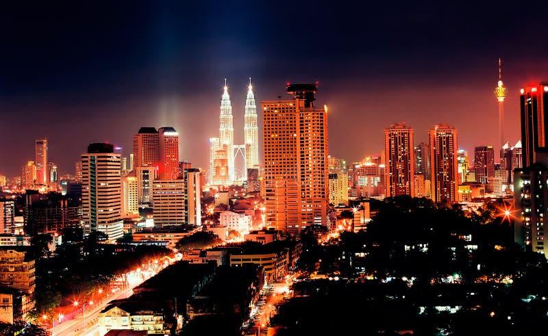 Kuala Lumpur na noite foto de stock
