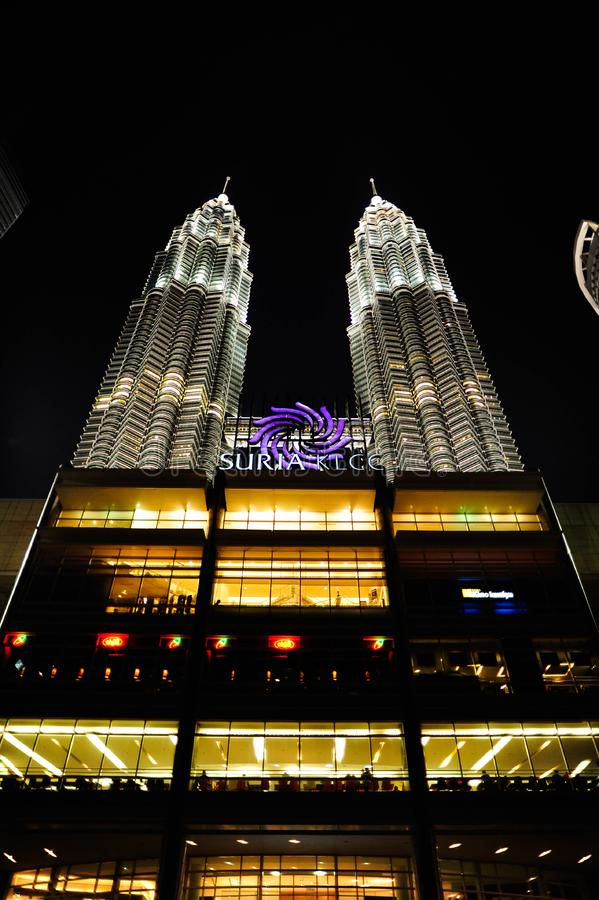 Kuala Lumpur Twin Tower, Kuala Lumpur Malaysia la nuit image libre de droits