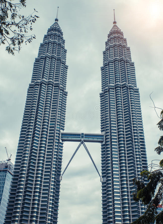 kuala Lumpur twin towers nowoczesna architektura drapacz chmur fotografia royalty free