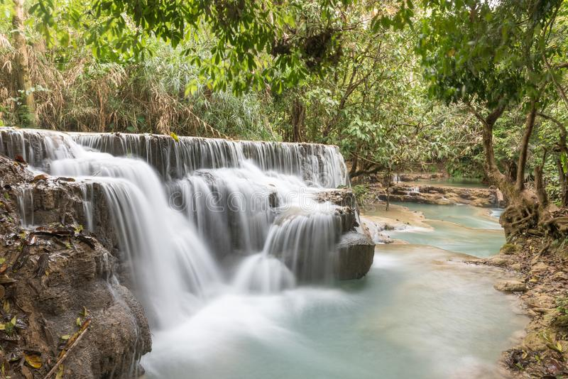 Kuang Si Small Waterfall images stock