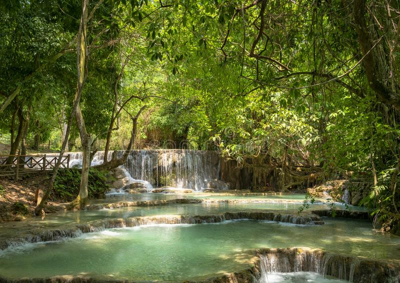 Kuang Si Waterfall em Laos imagens de stock royalty free