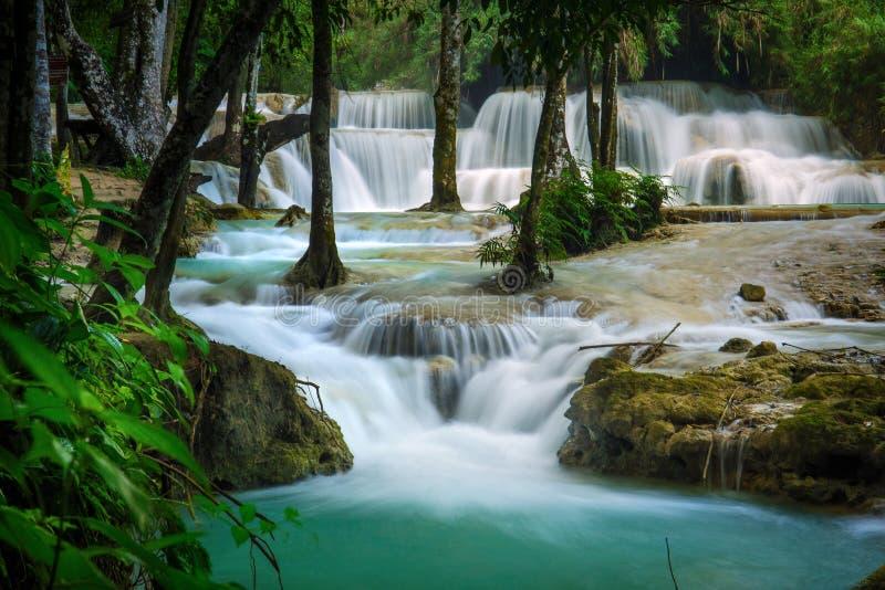 Kuang Si Waterfall en el prabang de Luang, LAOS fotos de archivo