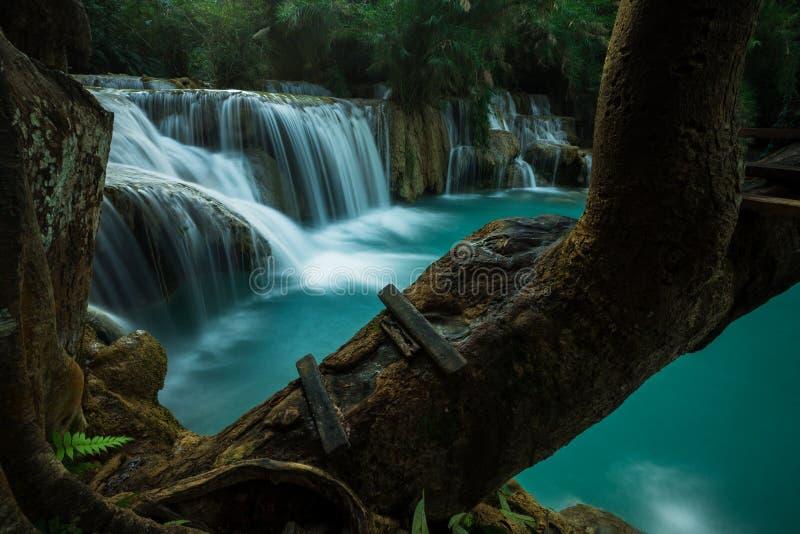 Kuang Si Waterfall, Luang Prabang lizenzfreie stockfotografie