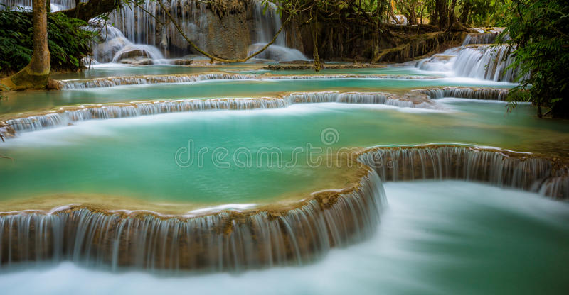 Kuang Si Waterfall, Luang Prabang lizenzfreie stockbilder