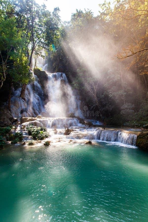 Kuang Si Waterfall ( Tat Guangxi ) , Luang Prabang, Laos foto de archivo