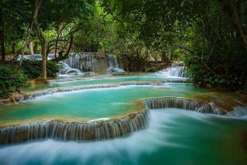 Kuang-Siwasserfall, Luang Prabanh lizenzfreie stockbilder