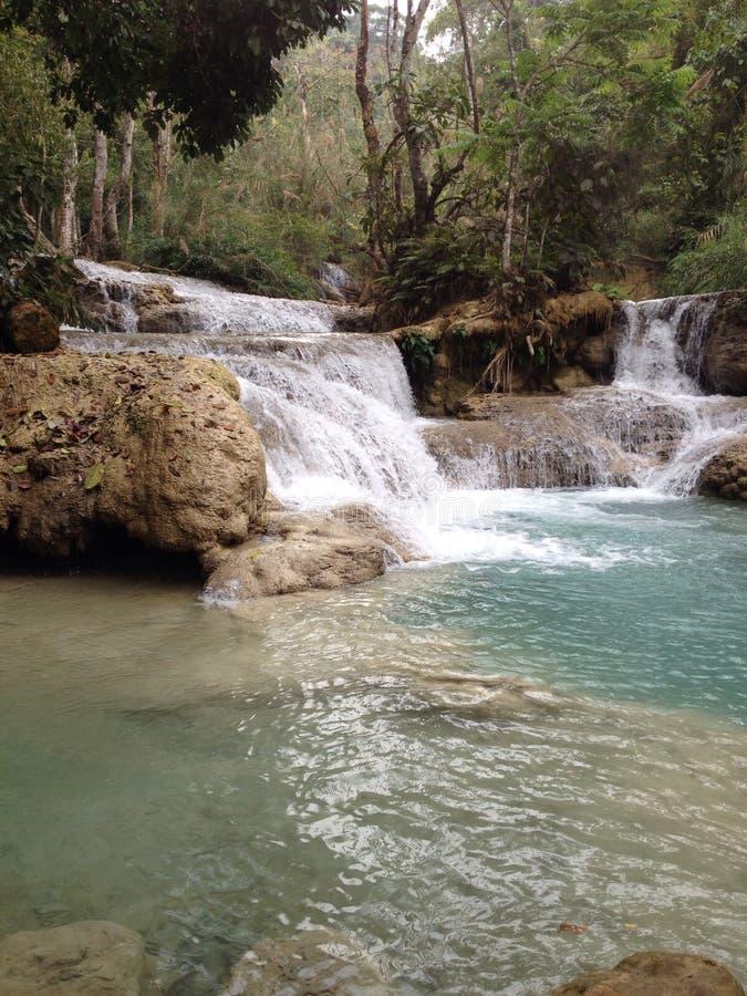 Kuangsi vattenfall på Laos arkivbilder