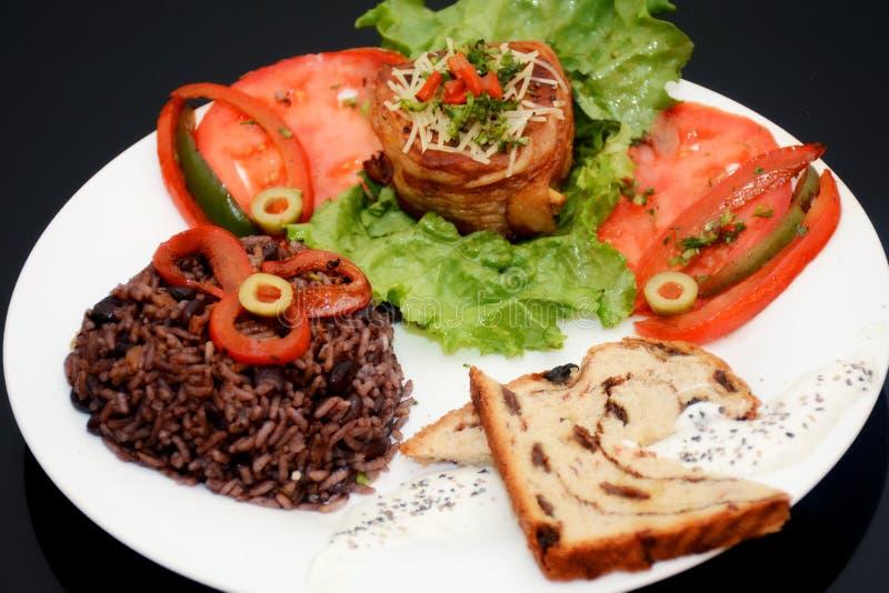 Kubański jedzenie z Brillants kolorami fotografia royalty free