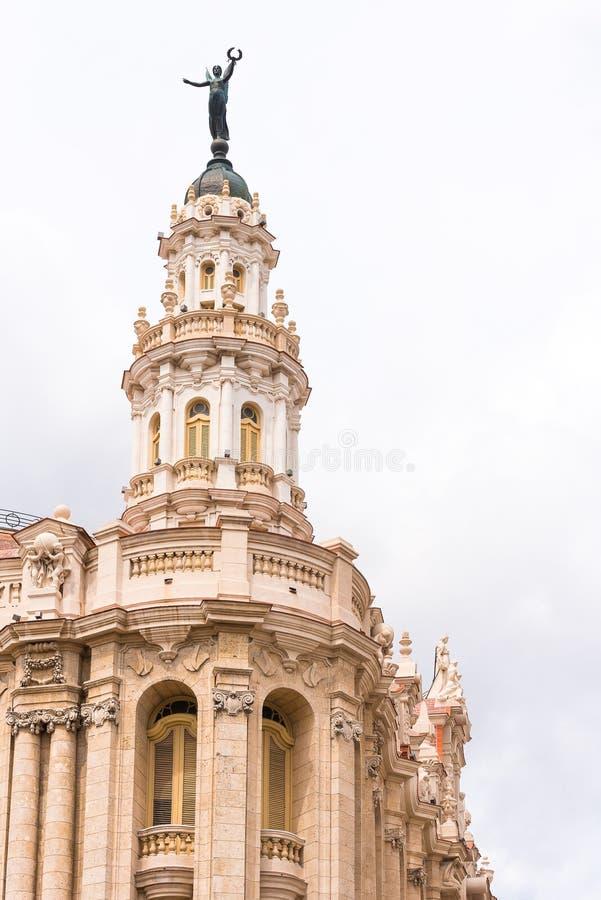 KUBA, HAVANA - 5. MAI 2017: Das Gebäude des großartigen Theaters Havanas, Kuba vertikal Kopieren Sie Raum für Text lizenzfreie stockfotografie