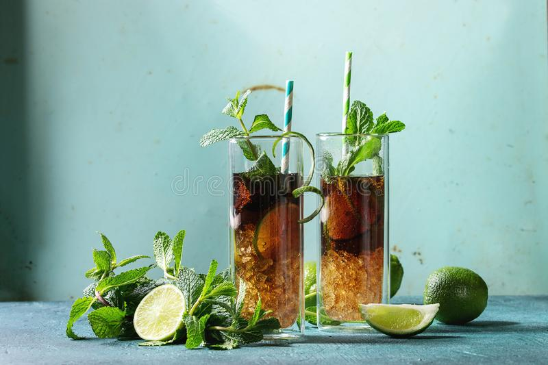Kuba libre Cocktail stockfoto