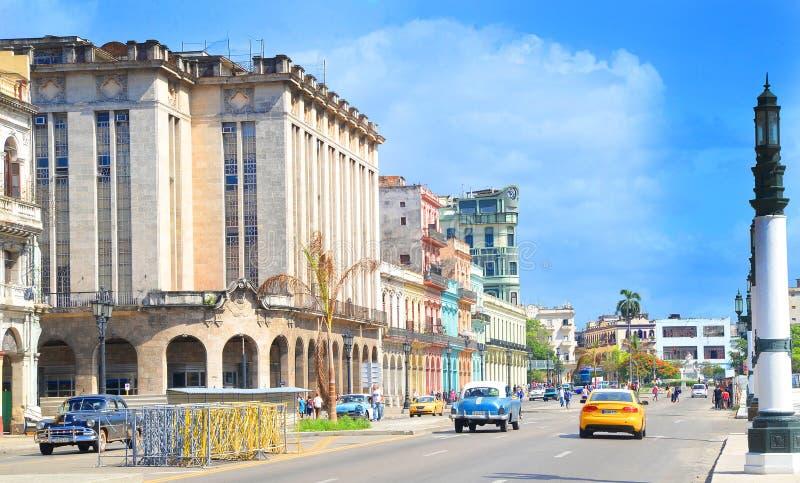 Kuba miasta Audi Hawańskich Starych samochodów Floryda Uliczny ruch drogowy obraz royalty free