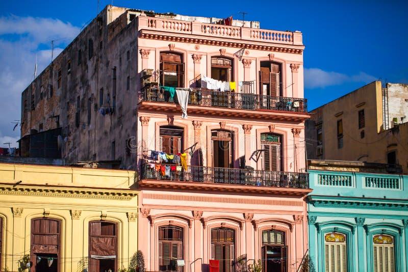 Kubabyggnader i havannacigarr arkivbild