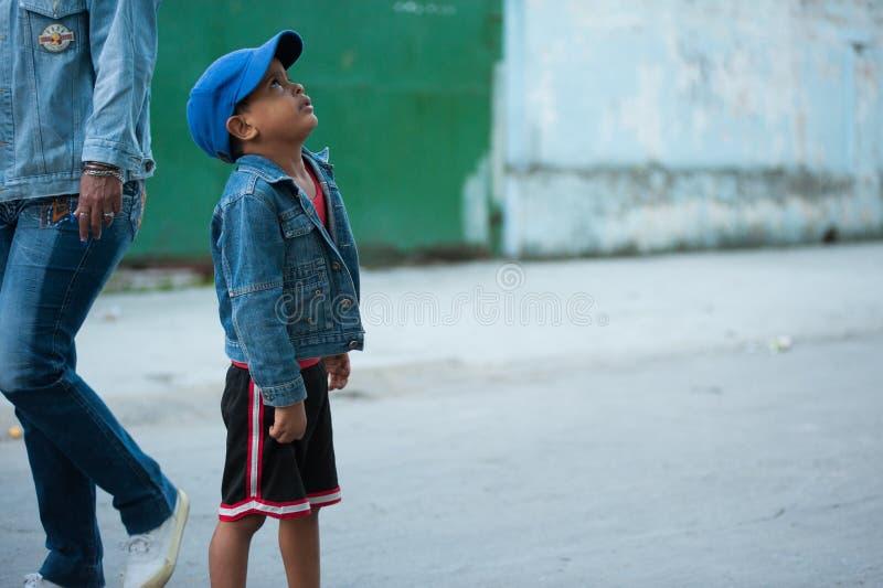 Kubanischer Junge stockbilder
