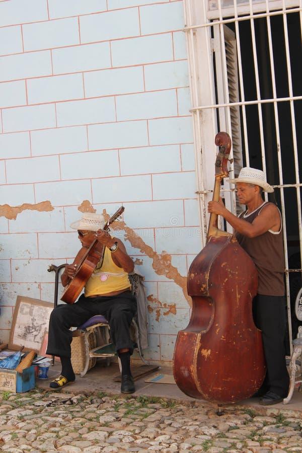 Kubanischer Straßenmusiker stockbild