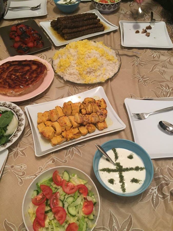 Kubideh persiano del kabab di kebab del piatto dell'alimento fotografie stock