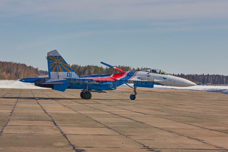 KUBINKA, MOSKWA region, ROSJA Sukhoi Su-30 obrazy stock