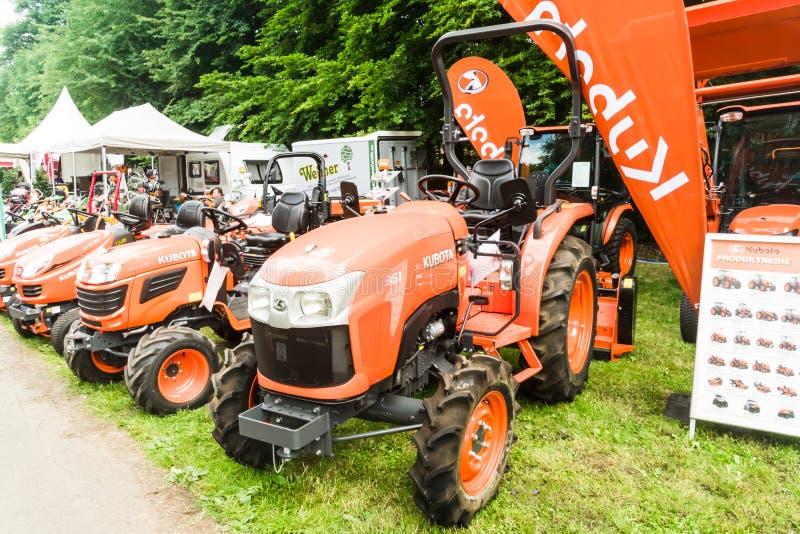 KUBOTA Traktor zdjęcia stock