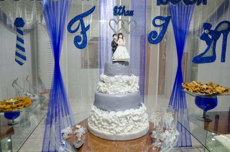 Kuchen einer Hochzeit stockfoto