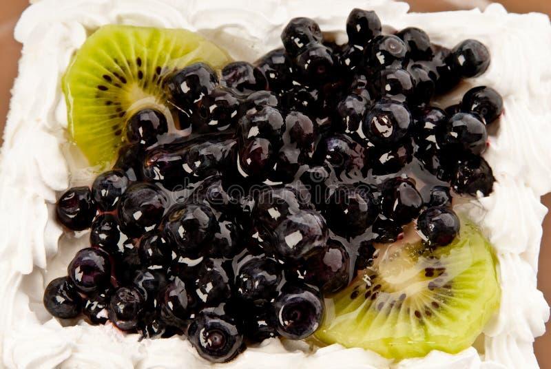 Kuchen mit Frucht lizenzfreies stockfoto