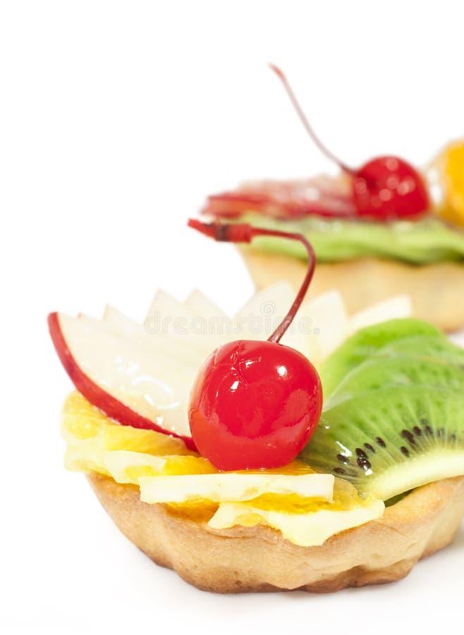 Kuchen mit Fruchtnahaufnahme lizenzfreie stockbilder