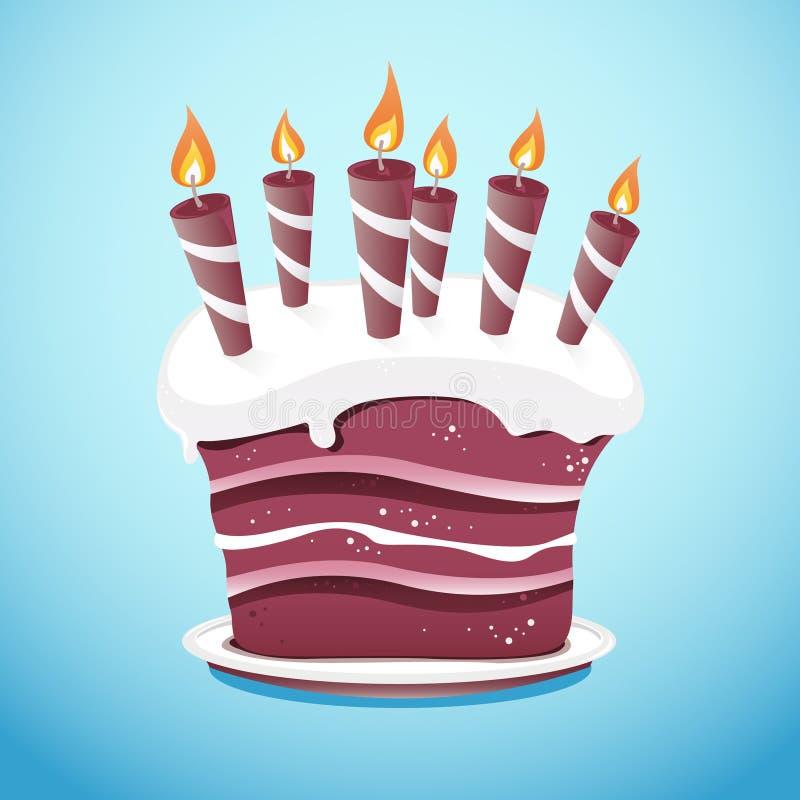 Kuchen mit Kerzen auf Umhüllungs-Platte lizenzfreie stockfotografie