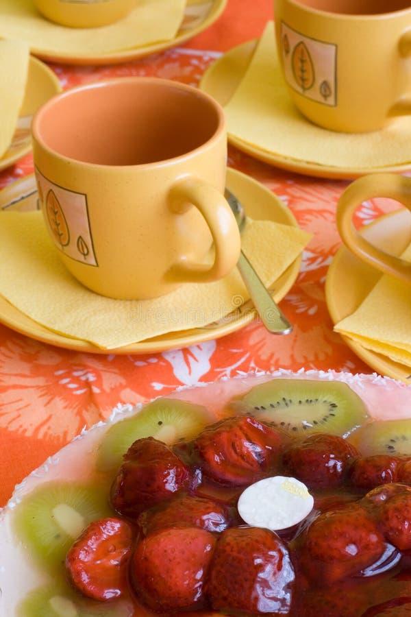 Kuchen und Kaffee stockbild