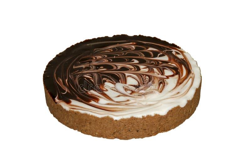 Kuchen verziert mit weißer und schwarzer Schokolade stockbild