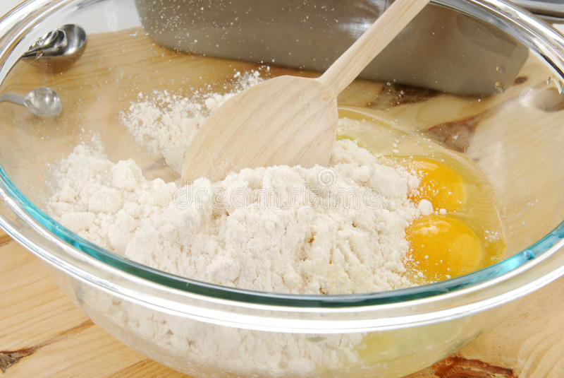 Kuchenmischung lizenzfreie stockfotos