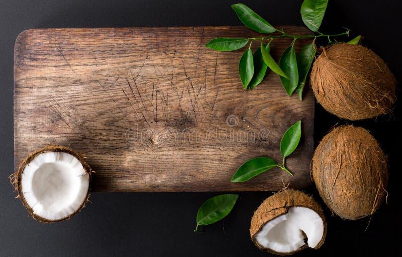 Kuchenna tnąca deska i koks zdjęcie royalty free