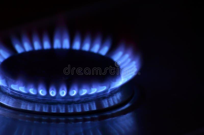 Kuchennej kuchenki gazu płomienia zakończenie fotografia stock