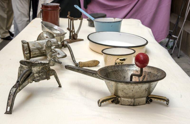 kuchenni starzy naczynia zdjęcie stock