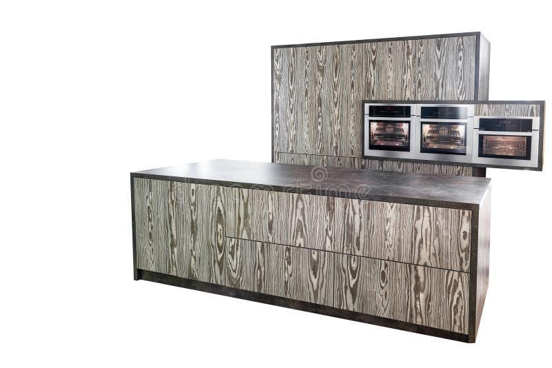 Kuchenny meble zrobi w nowożytnym projekcie pojedynczy białe tło fotografia stock