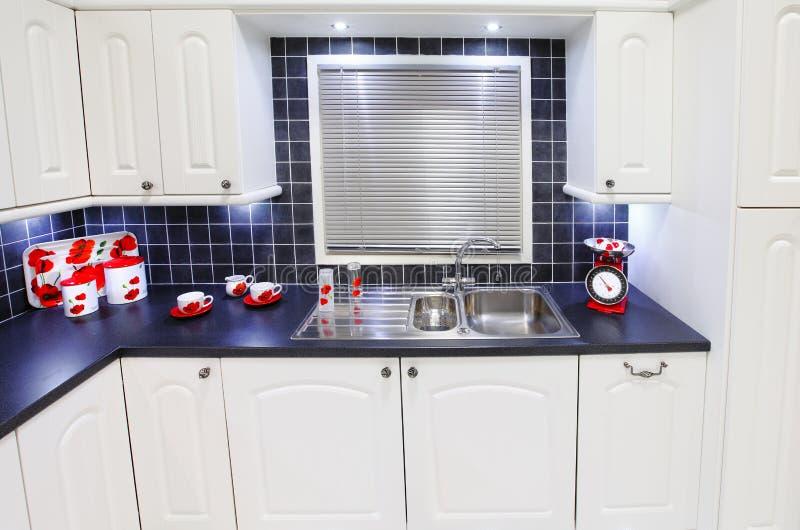 kuchenny nowożytny nowy biel fotografia stock