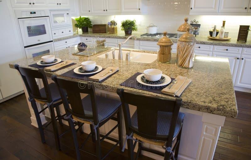 kuchnia luksusu w domu zdjęcia stock