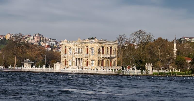 Kucuksu-Palast in Istanbul-Stadt, die Türkei lizenzfreie stockfotografie
