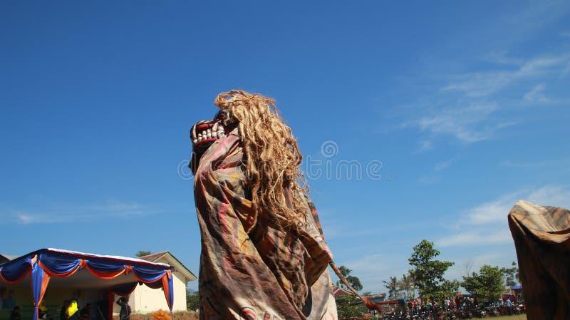 Kuda mettant en bloc, un art traditionnel Javanese photographie stock