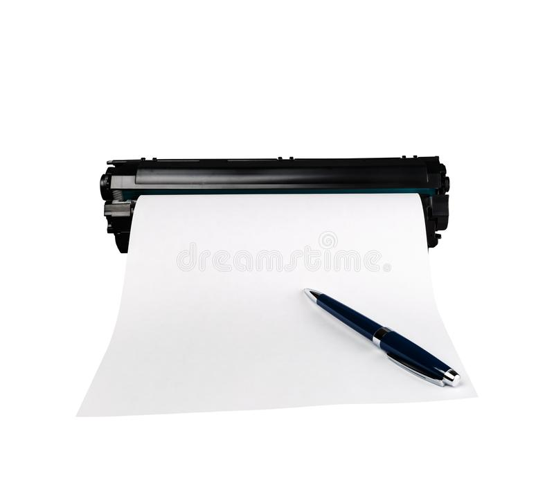 Kugelschreiber auf weißem Blatt Papier lizenzfreie stockfotografie