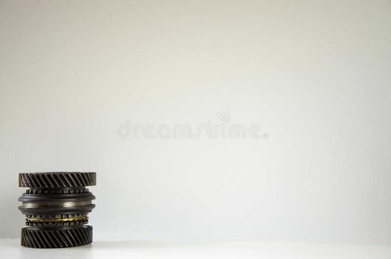 Kuggen rullar in motorn mekanism royaltyfri foto