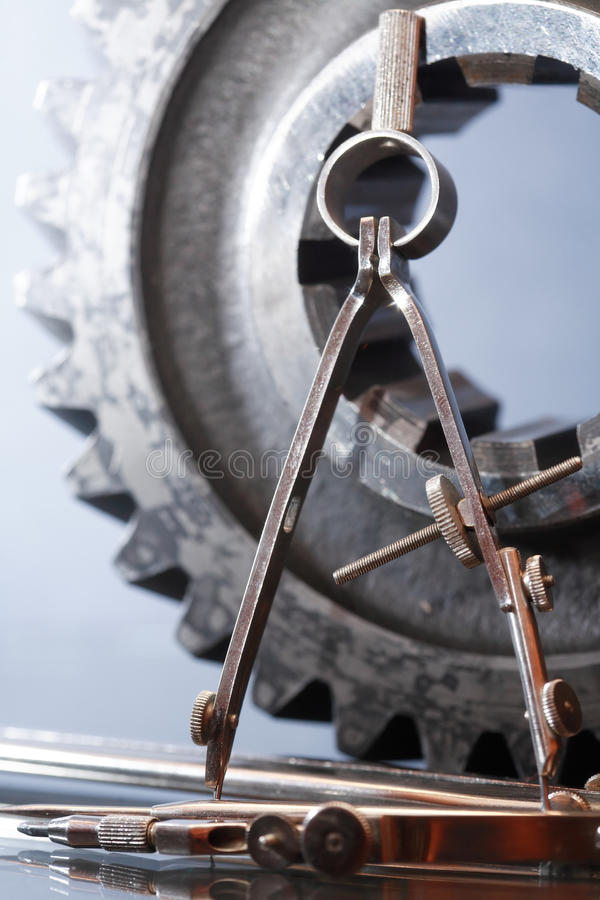Kugghjul och avdelare royaltyfria bilder