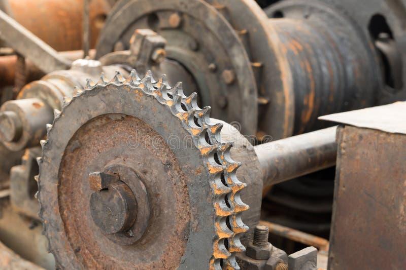 Kugghjulhjul av tungt maskineri royaltyfri foto