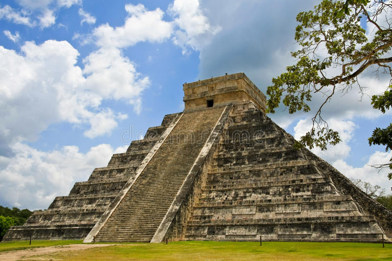 Kukulkan-Pyramide Bei Chichen Itza Lizenzfreies Stockfoto