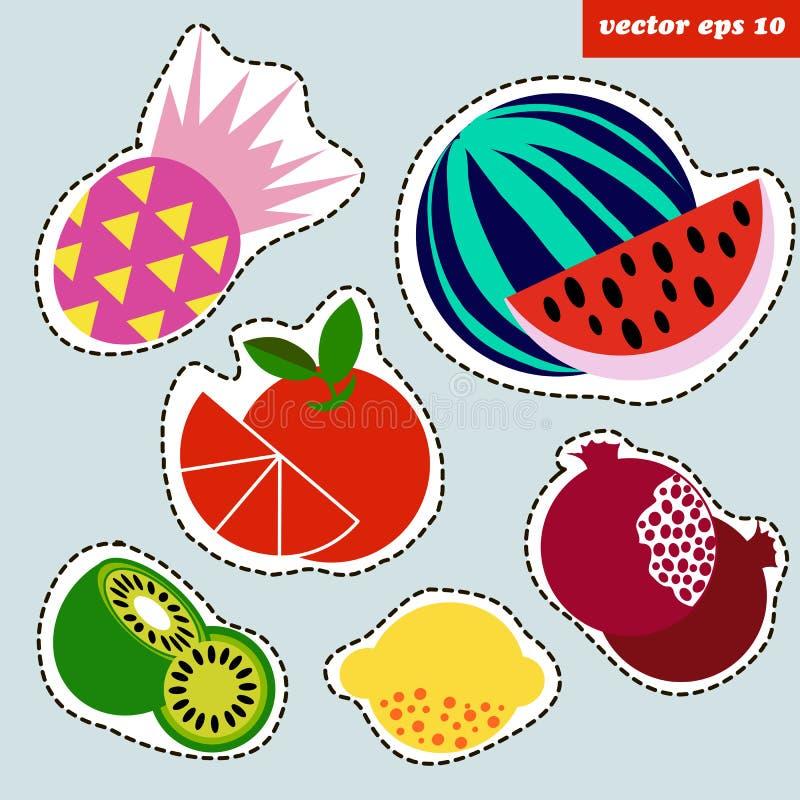 Kulör fruktklistermärkeuppsättning vektor illustrationer