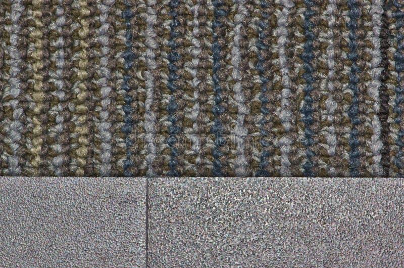 Kulör matta som sammanfogar på linoleumtegelplattan royaltyfria foton