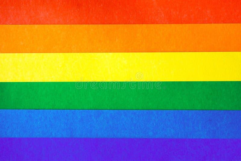 Kulöra ark av papp i form av LGBT-flaggan arkivbild